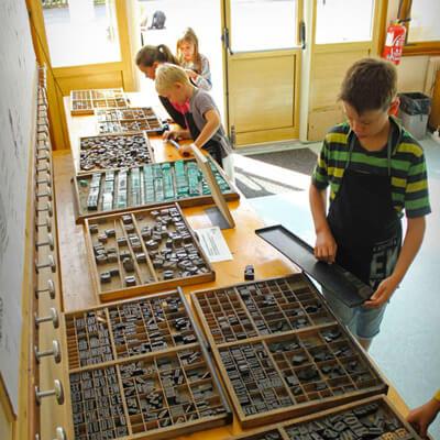Atelier typographique pour enfants - Atelier à l'Envers - Atelier à l'Envers